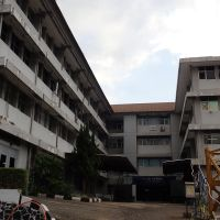 BRIN : Bongkaran Bangunan Gedung Kantor Permanen 4 Lantai   di Kota Bandung