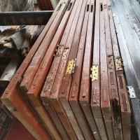 Satu Paket Material Bongkaran Rehabilitasi Rumah Dinas  di Kabupaten Sidoarjo
