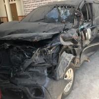 BAWASLU Provinsi Sulawesi Selatan : Mobil Innova G di Kota Makassar kondisi rusak berat