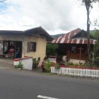 Sebidang tanah luas 583 m2 berikut bangunan rumah SHM No 154 di JL Raya Tanggari Tondano Jaga 1 Kel Tanggari Kec Airmadidi Kab Minut