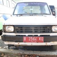 Lot.7 : 1 (satu) unit kendaraan roda 4 (empat) Merk/Type Toyota Kijang KF 52 STD (Scrap), Tahun 1997 Nopol B.2564 KQ