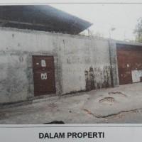 BNI Kanwil Malang 1b) Sebidang tanah dan bangunan SHM No.612, luas 406 M2 terletak di Desa/Kel. Mangaran, Kec.Mangaran, Kab. Situbondo