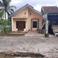 BNI Syariah 2) 3 bidang tanah dan bangunan terdiri dari SHGB No.184, SHGB No.182 dan SHGB No. 181 di Desa Arjasa Kec. Arjasa Kab. Jember