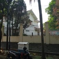2 bidang tanah dengan total luas 1213 m2 berikut bangunan di Kota Jakarta Selatan