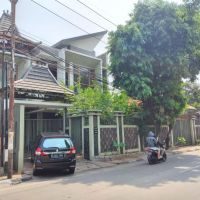 1 bidang tanah dengan total luas 300 m2 berikut bangunan di Kota Jakarta Selatan