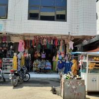 Sebidang tanah luas 63 m2 berikut bangunan diatasnya SHM No.908 terletak di Kel.Bada, Kec.Dompu, Kab.Dompu, Prov.NTB