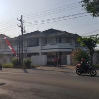Sebidang tanah luas 1039 m2(SHM No.2577) dan bangunan diatasnya lokasi di Raya Satelit Utara, Kel.Tanjungsari, Kec.Sukomanunggal Surabaya