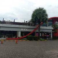 1. PT. BNI Knwl Mksr: 2 bidang tanah dengan total luas 2362 m2 berikut bangunan, SHM No. 25330,25274 di Kota Makassar