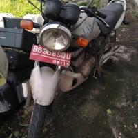 3. KANTAH NISEL - 1 (satu) unit sepeda motor Merk/Type: Suzuki/EN 125 A, Tahun 2010, kondisi rusak berat, STNK & BPKB lengkap