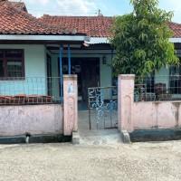 BRI Cikampek : Sebidang tanah luas 239 m2, SHM No. 02452, berikut bangunan di Cikampek Timur, Cikampek, Karawang