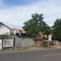 1 bidang tanah dengan total luas 118 m2, SHM No.880 berikut bangunan di Kabupaten Bantaeng (PT.BRI Bantaeng)