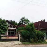 Bank Mandiri : SHM  No.00424 L.Tanah 810 m2 Jl.Raya Minajaya Blok Cibungur No.21-22   Ds. Buniwangi Kec. Surade Kab. Sukabumi