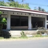 1 bidang tanah dengan total luas 500 M2  berikut bangunan diatasnya sesuai SHM no.206/Uwuran II di Kabupaten Minahasa Selatan