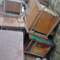 [Bidkeu Polda Jatim] satu paket barang inventaris dalam kondisi rusak berat di Kota Surabaya