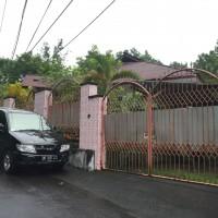 Sebidang tanah dengan total luas 1.257 M2 berikut bangunan diatasnya sesuai SHM No.1619/Ranomut di Kota Manado