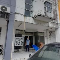 Sebidang tanah seluas 120 M2  berikut bangunan diatasnya sesuai SHM No.438/Watutumou di Kab. Minahasa Utara