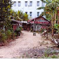 1.b.PT.BNI RRR Palembang : 2 bidang tanah luas 600 m2 berikut bangunan di Kel.Karya Baru Kec.Alang2 Lebar Palembang