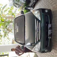 Mobil Toyota Avanza Tahun 2006 di Kota Bandung