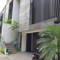 SANF (LELANG II) : Sebidang tanah luas 235 m2 berikut bangunan, SHM, Jl. Surabaya No.35, Menteng, Jakarta Pusat