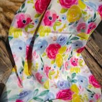 Ninano.label (Lot 12) Sebuah Hijab Printing Watercolor warna Broken White Bahan Voal Ultrafine Size 115x115 cm Pinggiran Laser Cut Eksklusif