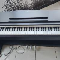 172. 1 (satu) unit PIANO MERK YAMAHA di Kota Palembang