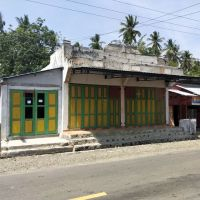 Tanah&bangunan luas 298 m2,terletak di Desa Tombiano,Tojo Barat,Touna SHM No.00642 an.Syafrudin Lamusu (BRI POSO)