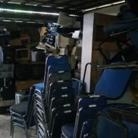 PT Bank BPD DIY 7. : 1 paket inventaris terdiri dari mesin, mebelair, komputer, ATM dan lainnya dengan kondisi rusak ringan