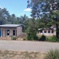 1. Sebidang tanah dengan total luas 2.500 m2 berikut bangunan SHM No.1111/Lapuko  di Kabupaten Konawe Selatan,Prov. Sultra.