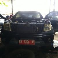 (Pemko Pekanbaru - 53) Nissan Frontier Navara 2,5 M/T (Double Cabin), nomor polisi BM 9304 AP, tahun 2010, kondisi rusak, tanpa STNK
