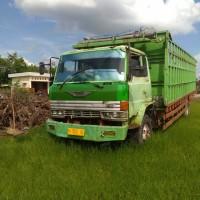 1 Paket Truck Jenis Fuso Merk Hino Nopol: 1902 CE dan kayu rimba campuran berbagai ukuran sebanyak 131 keping atau 7,4750 m3 (tanpa dokumen)