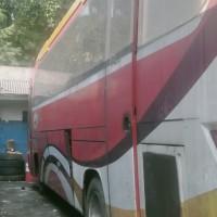 Perum Damri - 1 (satu) paket bus sebanyak 2 unit dalam kondisi scrap (rongsokan/besi tua) di Kota Bogor