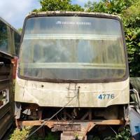 Perum DAMRI Palembang : 2 (dua) unit body/rangka eks. Bus Damri tanpa mesin dan tanpa BPKB serta STNK kondisi scrap dijual 1 (satu) paket.