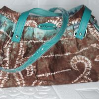 8. Tas  Wanita Handmade Model Selempang/ Tas Tangan Simple chic design untuk aktivitas sehari-hari Ukuran tas 33 x 18 x 13 cm Warna Hijau di