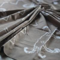 3. Kain Sasirangan Motif Gurita Warna Cokelat Muda Pewarna Sintetis Jenis Kain Katun ukuran 2 m x 2 m di Kabupaten Banjar