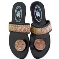 (PLUT-KUMKM Prov. SUMBAR) Lot 12. Satu buah Sendal Sulaman Wanita Bahan Kain Satin -Heels, 4cm -Size, 36 -Detail yang di sulam dengan hati h