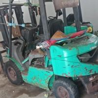 2 (dua) unit Forklift rusak berat di Kabupaten Tanah Bumbu
