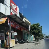 (BRI BANGKALAN) : Sebidang tanah seluas 270 m2 sesuai SHM  443 berikut bangunan yang berdiri di atasnya di Kabupaten Bangkalan