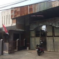 Timika: Sebidang tanah berikut bangunan, di Jl. Sunan Giri Rt.004 RW.002, Kel. Pondok Pucung, Kec. Karang Tengah, Kota Tangerang