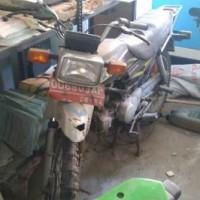 1 (satu) unit kendaraan Roda dua merk Honda Win No. Polisi 6909 AP Tahun 2004, terletak di BPS Luwu Utara