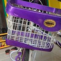 [SUKARELA] Dilelang 1 (satu) unit Sepeda Phoenix 26 inchi, ungu-putih, ada keranjang, boncengan, dan shifter gear, bekas pakai, kondisi baik