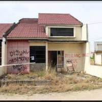 (Lot1 - BTN) tanah berikut bangunan (SHM No.03265) Luas tanah 99 m2, di Kel. macorawalie, kec. Watang Sawitto, Kab. Pinrang