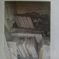 Kejari: 400 keping marmer kuno uk. 50x50 cm dan 246 keping granit kuno