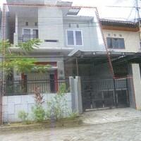 Tanah seluas  180 m2  berikut bangunan di atasnya, SHM 21294, di Kel. Tidung, Kec. Rappocini, Makassar (Bank Mandiri CCR)