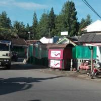 Bjb Garut 2b. Tanah + bangunan luas 125 m2 di Jl.Raya Bayongbong, RT.02/11, Ds/Kec.Bayongbong, Kab.Garut
