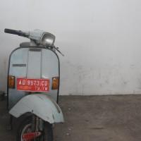 BKD BOYOLALI||19_12|| 39. 1 (satu) unit sepeda motor Vespa/P 150 SE Strada, Nopol AD9973CD, Th 1988, Warna Biru-Abu-Abu, STNK Ada BPKB Ada