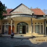 Tanah berikut bangunan, luas tanah 683m2, SHM No. 214, terletak di Desa/Kel. Modung Kec. Modung, Kab. Bangkalan