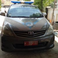 1 (satu) unit Mobil Patroli Merk/Type Toyota Kijang Innova E XW41 AT, Nomor Polisi M 551 AP, tahun 2011 atas nama Kantor UPP Branta