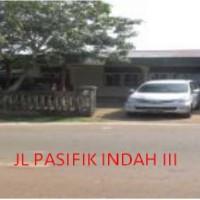 1 bidang tanah luas 330 m2 berikut rumah tinggal di Kelurahan Tanjung Ria, Kecamatan Jayapura Utara, Kota Jayapura