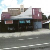 Lot 6: Sebidang tanah dan bangunan SHGB No 1 luas 630 m2 di Jl Raya Tobelo-Galela, Desa Soatobaru, Kec, Kab Halmahera Utara