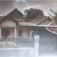 Sebidang tanah dan bangunan SHM No. 2668, LT. 290 m2, terletak di Desa Asrikaton, Kec. Pakis, Kab. Malang